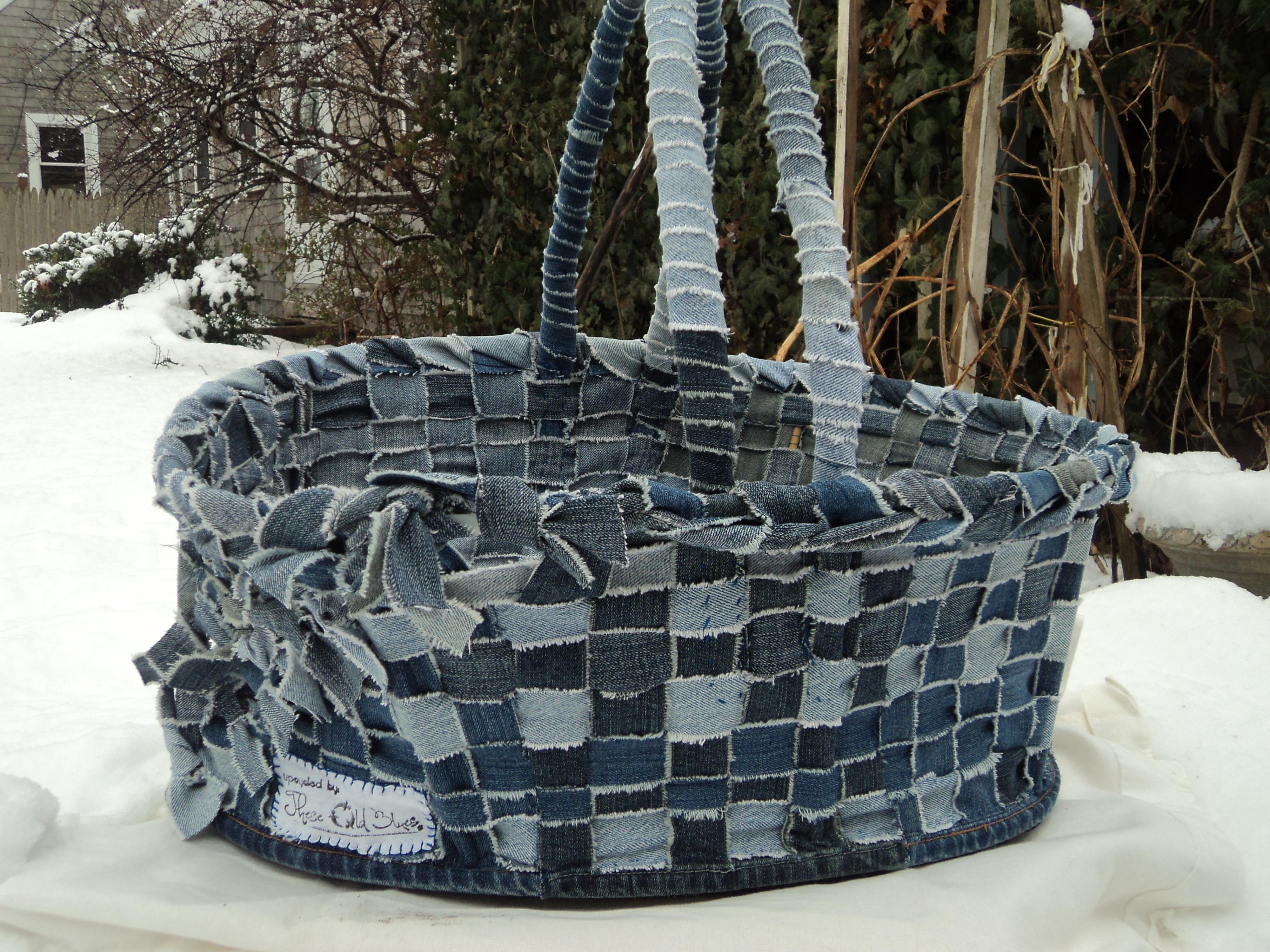 upcycled blue jean basket tutorial clever catastrophe. Black Bedroom Furniture Sets. Home Design Ideas