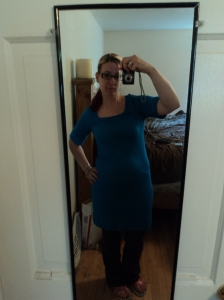 As soon as I found this I was like WHOAAAA! It's a Banana Republic dress----oh sooooo soft and slinky----but too small----and not so forgiving around the middle.